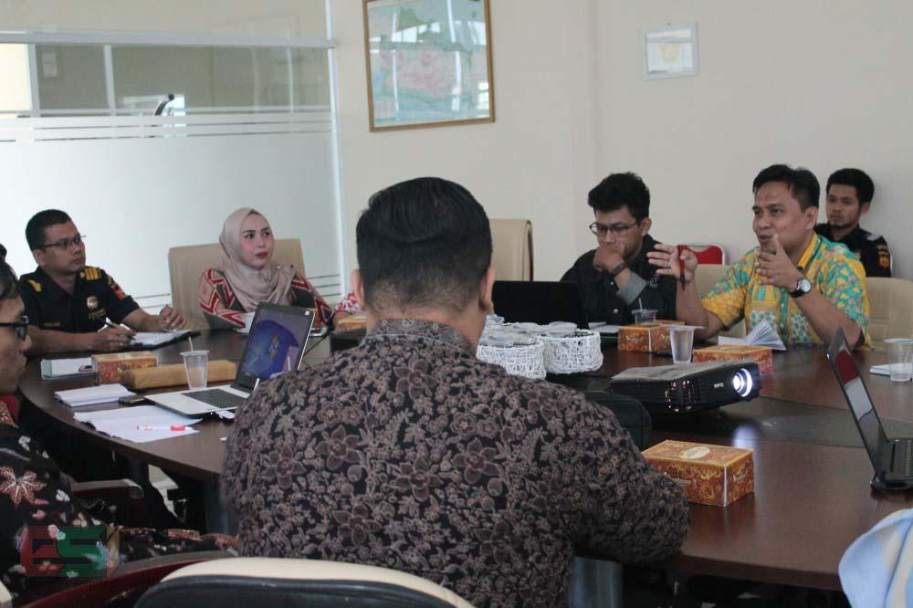 Evaluasi dan pelatihan cer-bond dengan KPPBC Cirebon